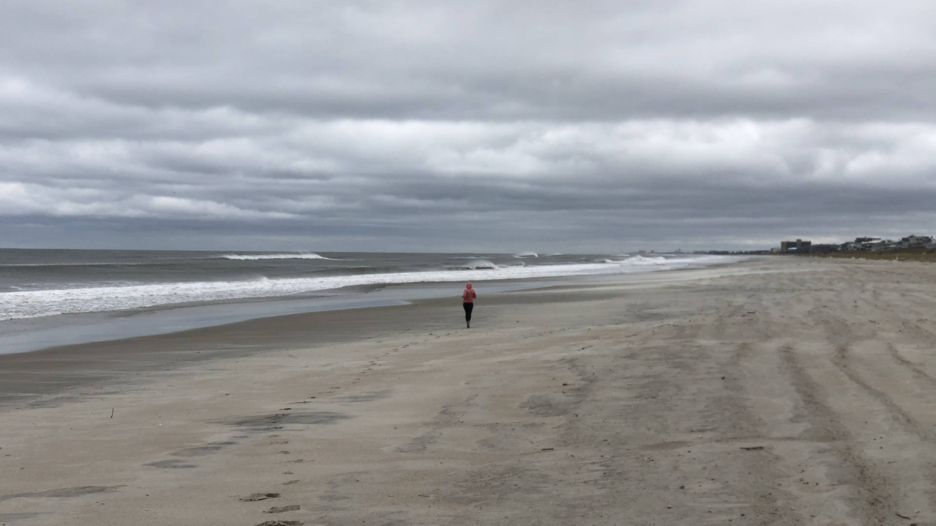 Jenni's windy Atlantic Beach run!