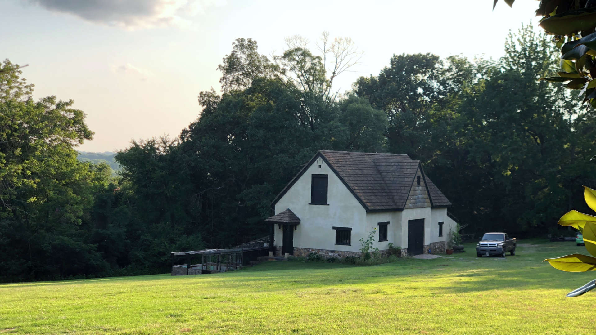 Exploring medieval England transported to Virginia overlooking the James RIver!