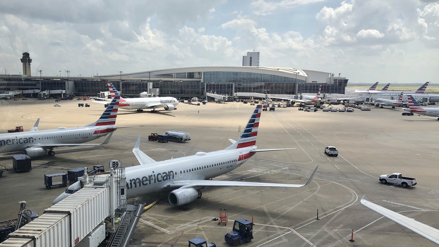 Flagstaff, here we come! Photo from DFW airport of American Airlines planes on the runway.